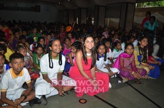 Sonalee Kulkarni celebrates childrens day-4