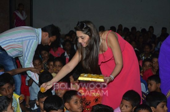 Sonalee Kulkarni celebrates childrens day-8