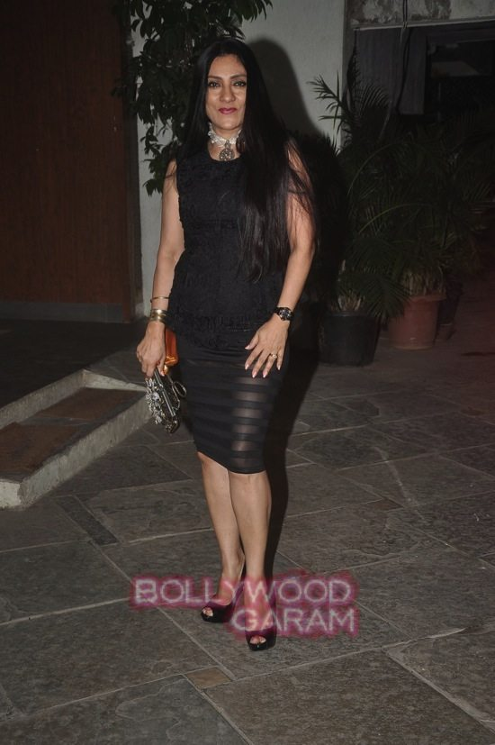 Sonali Bendre and Goldie B_anniversary-10