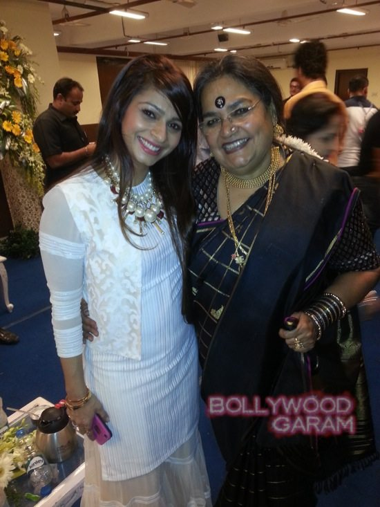 Tanuja and Tanishaa at Kolkata film festival-1