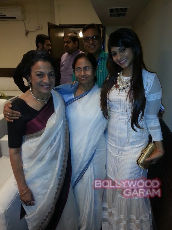Tanuja and Tanishaa at Kolkata film festival-2
