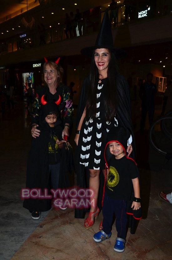 Tara sharma and madhoo_Palladium Halloween night bash-0