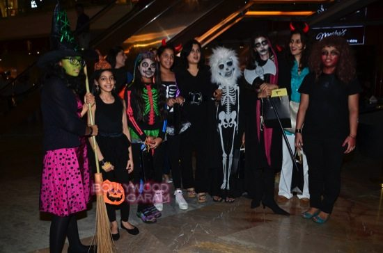Tara sharma and madhoo_Halloween night bash-6
