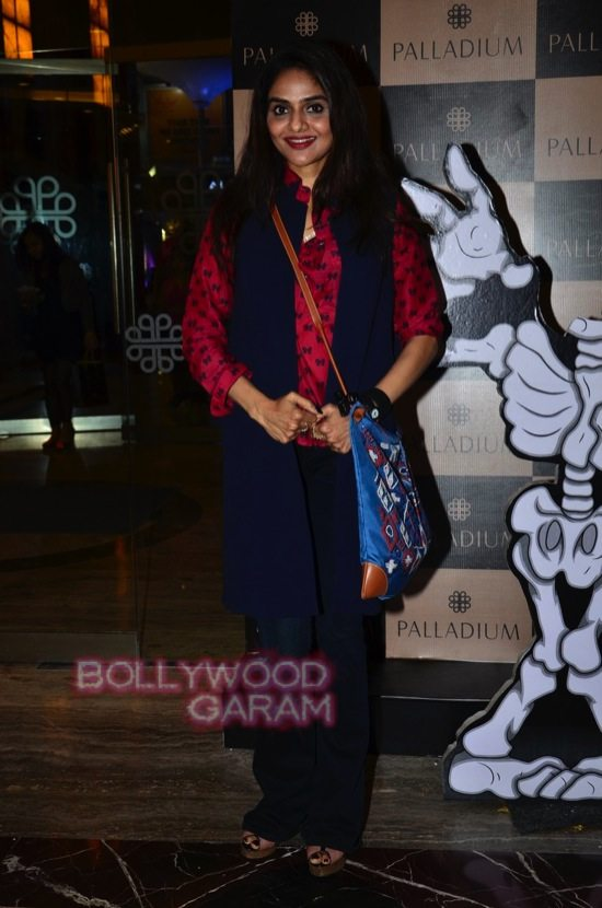 Tara sharma and madhoo_Palladium Halloween night bash-7