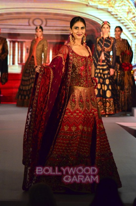Vaani Kapoor showstopper at Royal Fable show-17