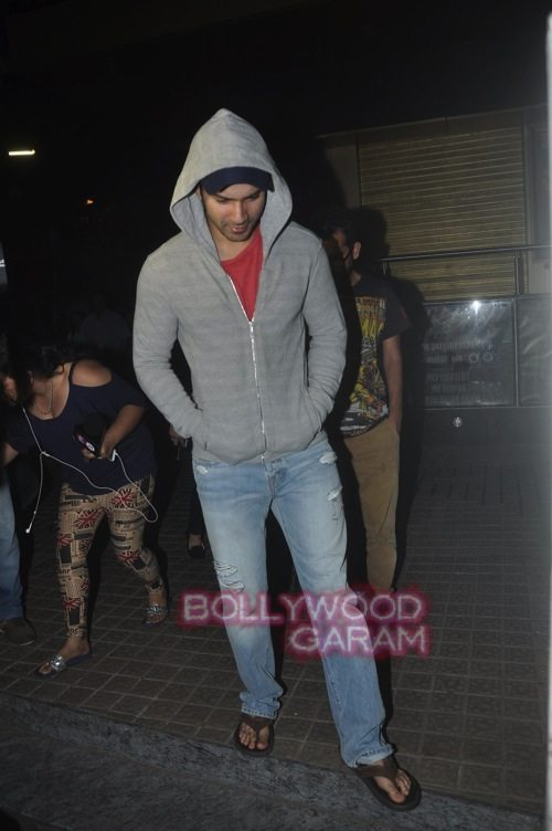 Varun D with friends_Juhu-3