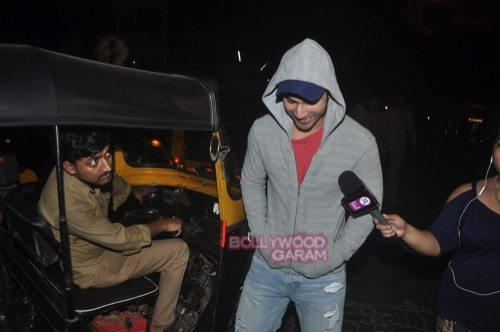 Varun D with friends_Juhu-4