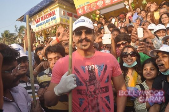 Vivek Oberoi clealiness campaign-2
