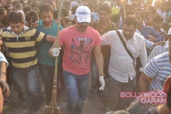 Vivek Oberoi clealiness campaign-4