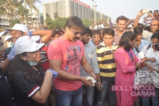 Vivek Oberoi clealiness campaign