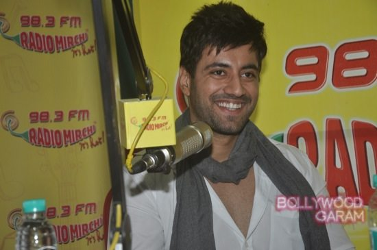 Zid actors Radio Mirchi-1