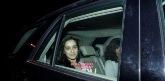 Shraddha Kapoor in casual mood with aunt Tejaswini Kolhapure