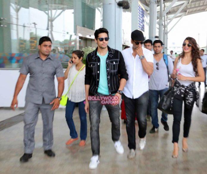 brothers delhi airport2