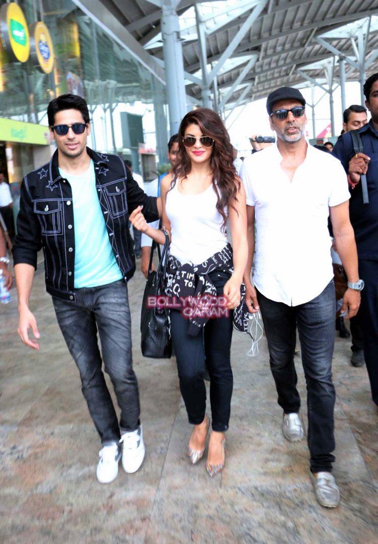 brothers delhi airport3