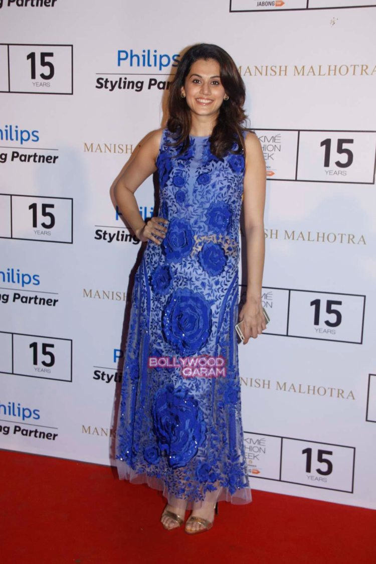 celebs at manish malhotra17
