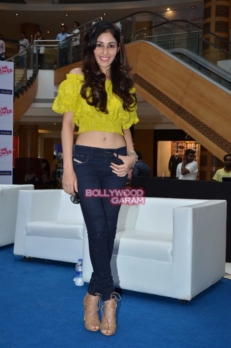 pooja chopra pink power10