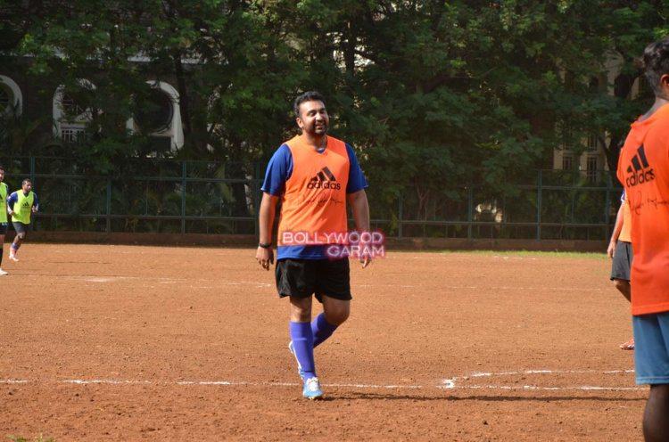 ranbir kapoor soccer5