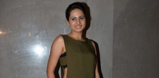 Ravi Dubey hosts special screening for wife Sargun Mehta's success