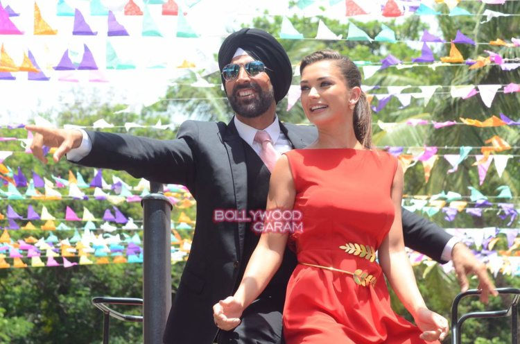 singh is bling event11