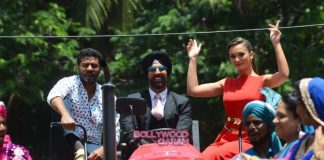 Akshay Kumar and Amy Jackson promote Singh is Bling on a tractor – Photos