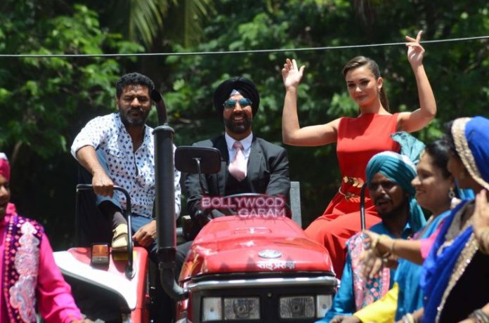 singh is bling event2