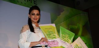 Sonali Bendre launches new range of products by Oriflame – Photos