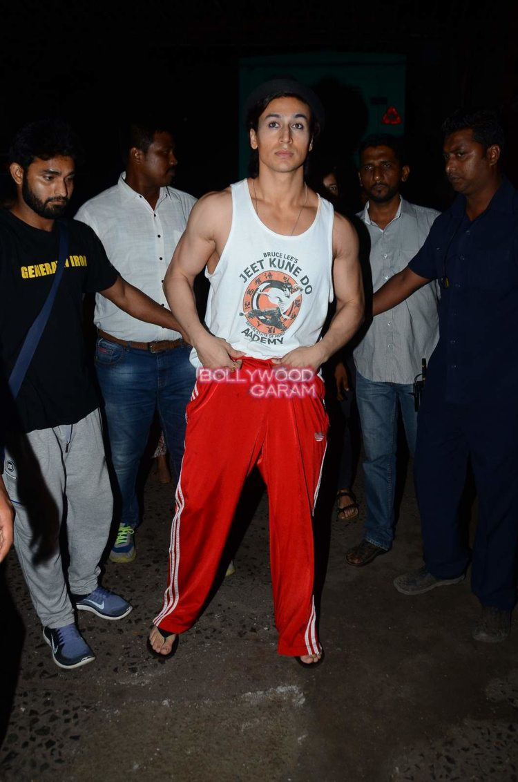 tiger shroff snapped2