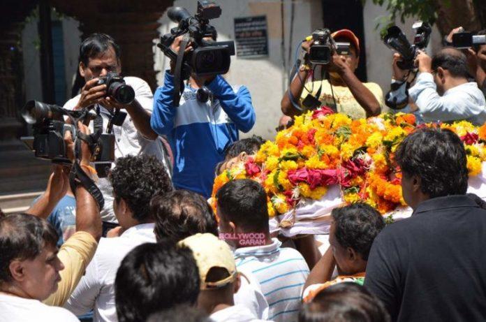 aadesh funeral4