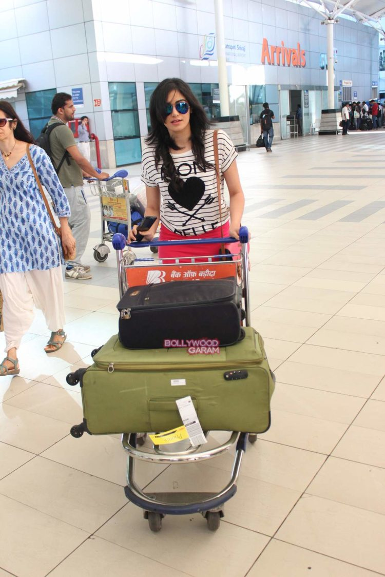 celebs style airport3