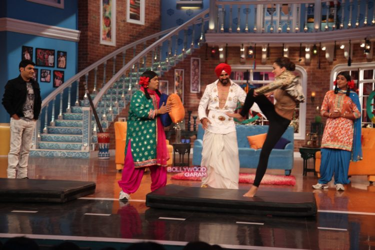 comedy nights singh is bling11