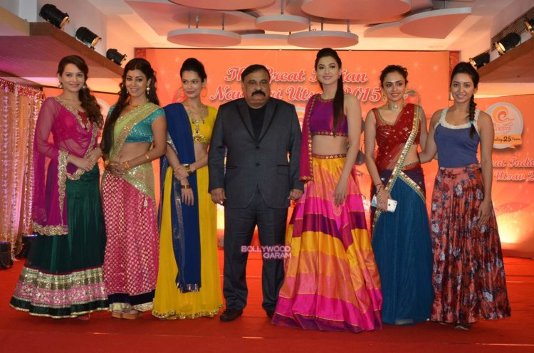 country club navratri1