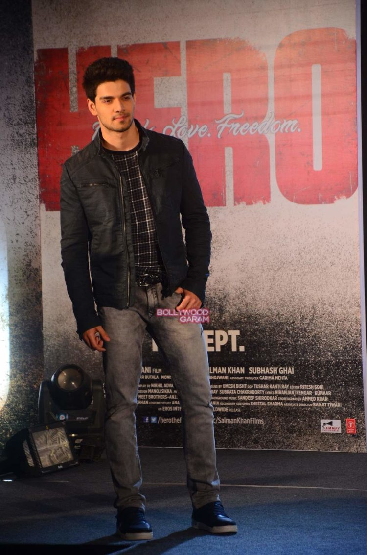 hero music launch11