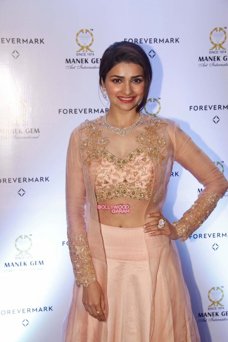 prachi desai diamonds2