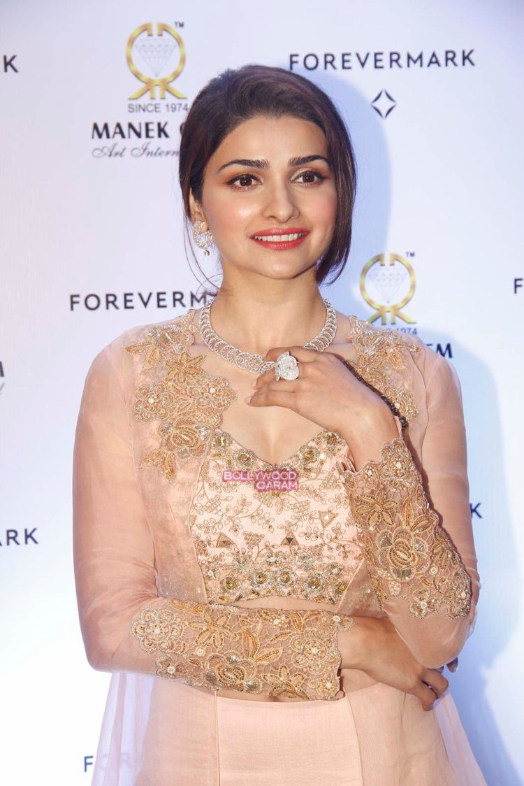 prachi desai diamonds5