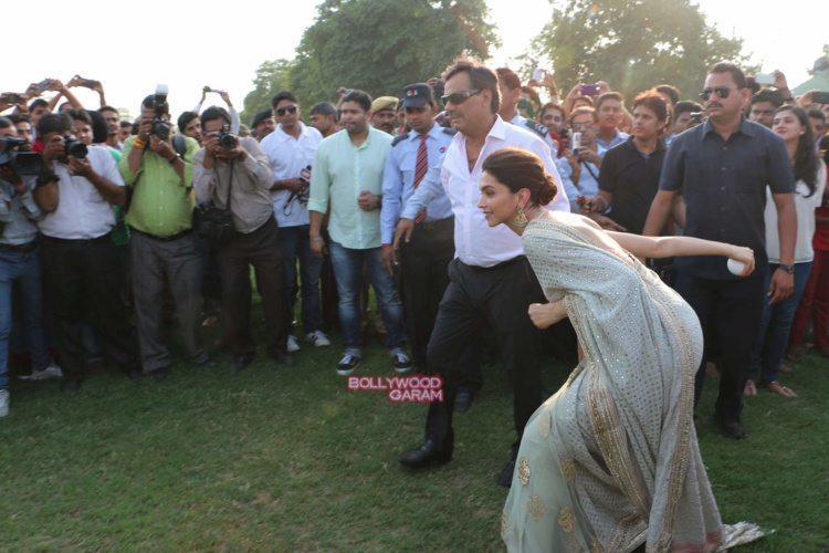 Deepika song launch2