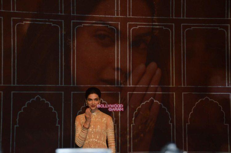Deepika song launch4