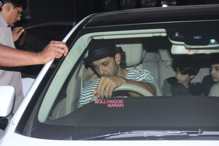 Hrithik with sons1
