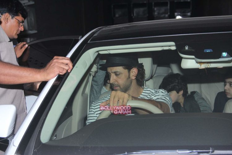 Hrithik with sons3