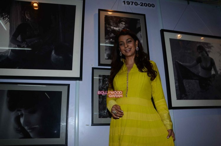 Juhi chawla art exhibition4