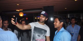 Kartik Aaryan clicked with fans outside Gaiety cinema
