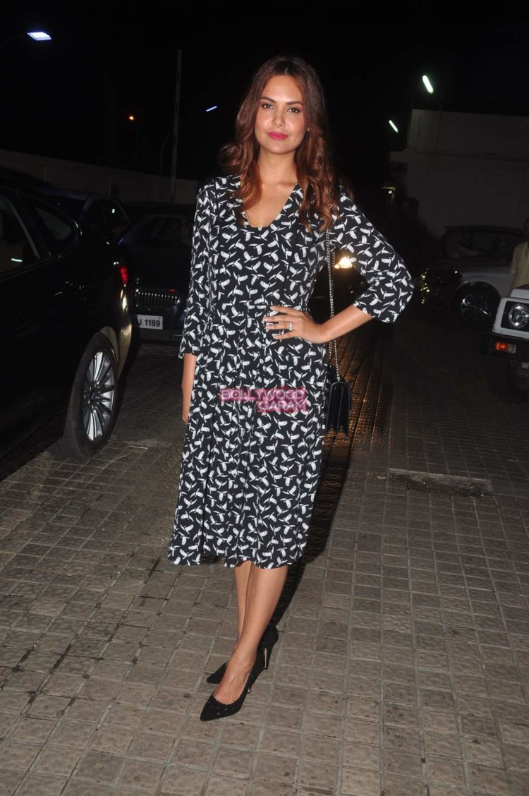 jazbaa screening13
