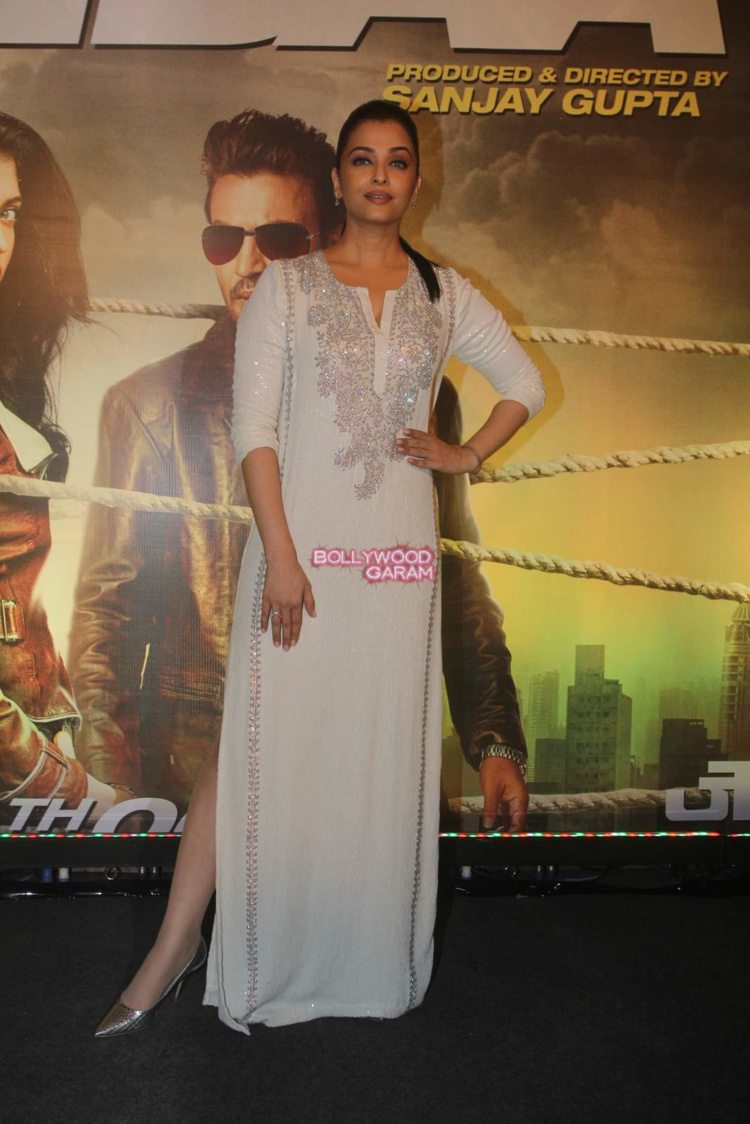 jazbaa screening19