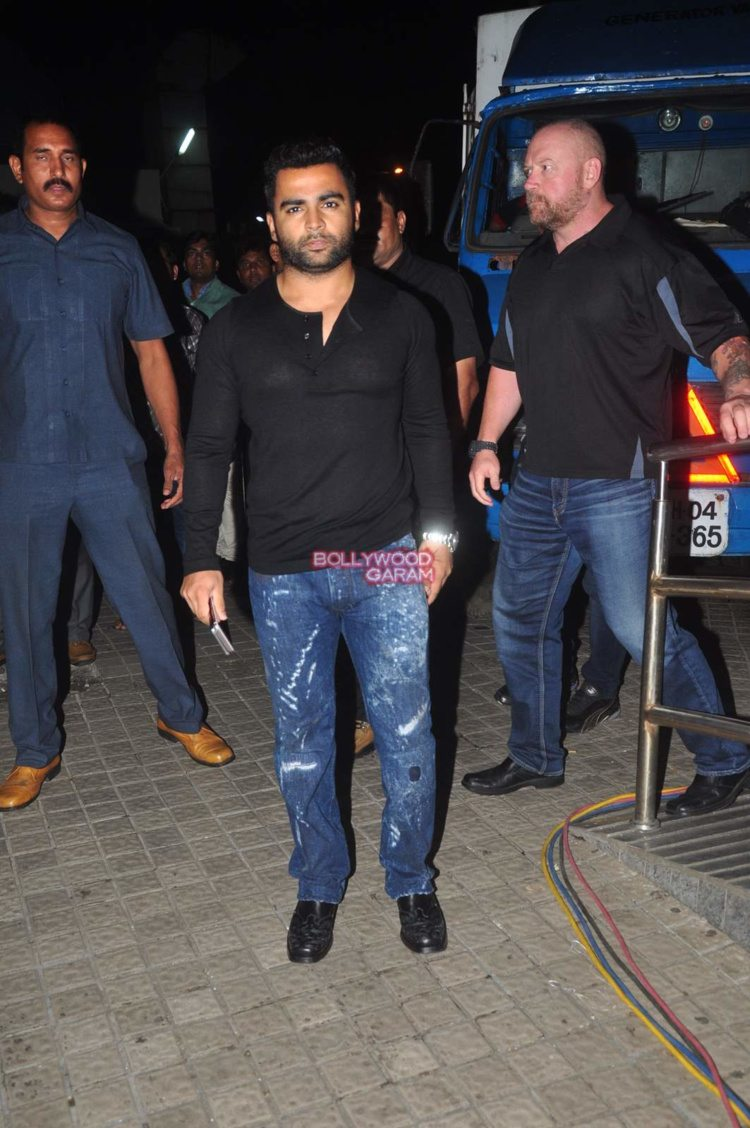 jazbaa screening2