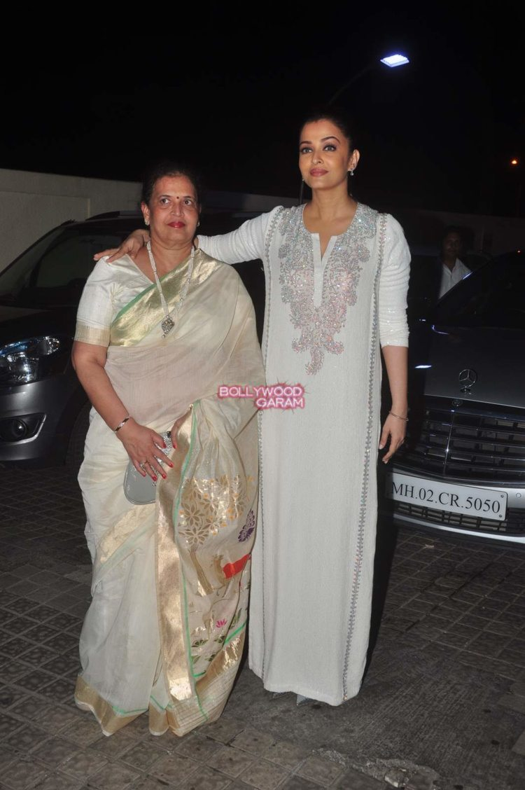 jazbaa screening7