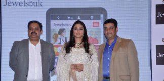 Tabu stuns at jewellery website launch