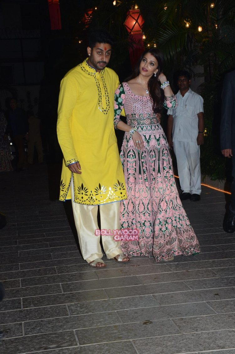 Bachchan diwali bash7