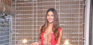 Amyra Dastur in pretty red lehenga – Photos