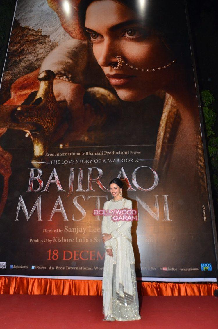 bajirao mastani poster2