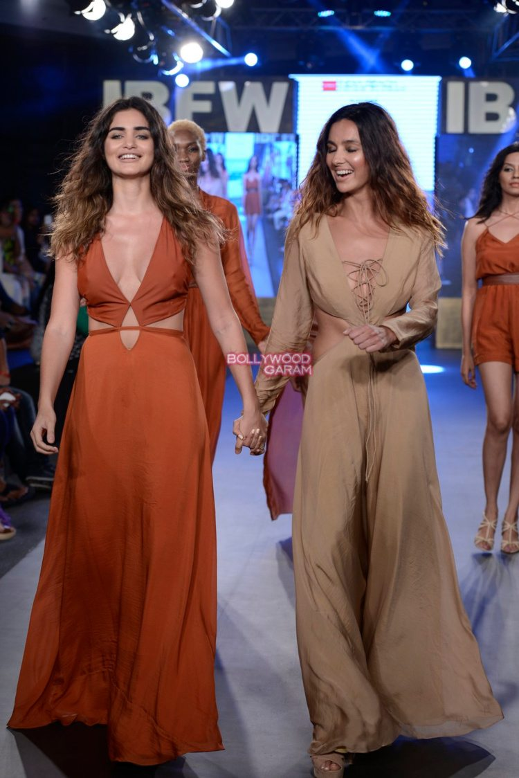 gabriella beach fashion15