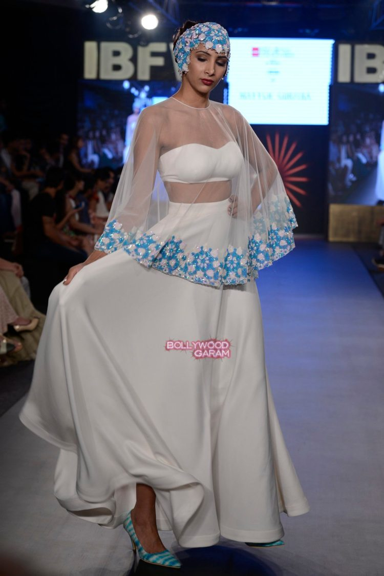 mayyur beach fashion4
